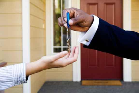 Combien gagne une agent immobilier revenu salaire net moyen - Combien prend un agent immobilier sur une vente ...